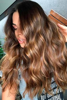 Golden Brown Balayage - 20 Best Golden Brown Hair Ideas to Choose From - The Trending Hairstyle Brown Hair With Blonde Highlights, Brown Ombre Hair, Brown Hair Balayage, Hair Color Highlights, Ombre Hair Color, Hair Color Balayage, Brown Hair Colors, Haircolor, Sandy Brown Hair