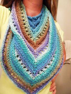 Scrap yarn. Free Pattern: Cadence Shawlette ✿Teresa Restegui http://www.pinterest.com/teretegui/✿
