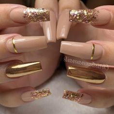 55 trendy rose gold nails you can& resist - nail designs . - 55 Trendy Rose Gold Nails You Can& Resist – Nail Designs – LastStepPin – 55 Trendy Rose - Glam Nails, Fancy Nails, Bling Nails, Cateye Nails, Gold Acrylic Nails, Rose Gold Nails, Gold Coffin Nails, Nails With Gold, Gold Tip Nails