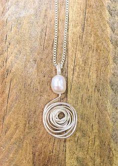"""Agua dulce collar de perlas, productos de alambre espiral, 18"""" cadena plateada"""