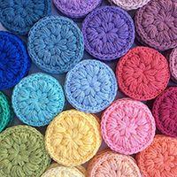 Stitched Up Make Up Scrubbies Crochet pattern by Stitchedupcraft – Knitting Patterns Drops Design, Christmas Knitting Patterns, Knitting Patterns Free, Free Pattern, Crochet Faces, Free Crochet, Beginner Crochet, Scrubbies Crochet Pattern, Drops Baby