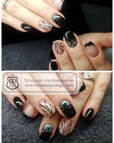 Makeup 101, Christmas Nail Art, Mani Pedi, Love Nails, Fun Things, Nail Ideas, Nailart, Hair, Beauty