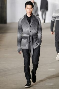 Sfilata Moda Uomo Todd Snyder New York - Primavera Estate 2019 - Vogue Denim Jacket Fashion, Mens Fashion Sweaters, Knitwear Fashion, Men Sweater, Men's Knitwear, Men Fashion Show, Mens Fashion Week, Men's Fashion, Runway Fashion