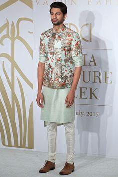 Buy Raw silk floral bandi set by Varun Bahl - Men at Aza Fashions Wedding Kurta For Men, Wedding Dresses Men Indian, Wedding Dress Men, Indian Bridal Outfits, Wedding Men, Wedding Suits, Punjabi Wedding, Indian Weddings, Farm Wedding