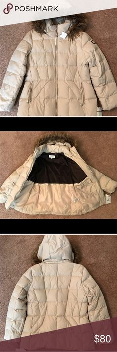 🔴 ⬇️$100 Price is FIRM Calvin Klein Coat Brand New Down and Feather -8 Degrees Warmth Factor with detachable hood Coat! Winter is Coming ❄️☃️❄️ Calvin Klein Jackets & Coats Puffers