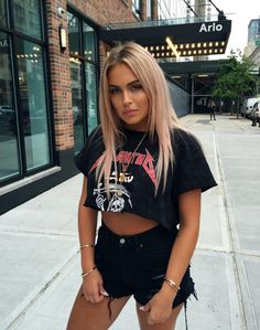 Find More at => http://feedproxy.google.com/~r/amazingoutfits/~3/Z5OJ4RGIVVA/AmazingOutfits.page