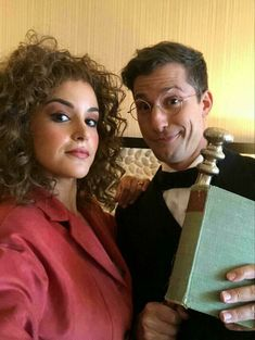 Jake Peralta x Amy Santiago - - Peraltiago Watch Brooklyn Nine Nine, Brooklyn 9 9, Charles Boyle, Jake And Amy, Jake Peralta, Andy Samberg, Comedy Tv, Best Series, Movies And Tv Shows