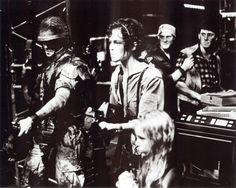Aliens 1986, Aliens Movie, Sf Movies, Great Movies, Man In Black, Alien 2, Predator 1, William Gibson, Sci Fi Horror