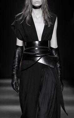 Ann Demeulemeester | Fall 2015 #catwalk #fashion