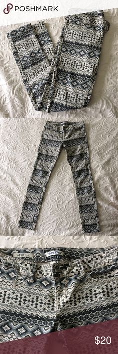 Tribal print jeans The perfect statement jeans! Allover gray and black tribal print, worn once Hot Kiss Jeans Skinny