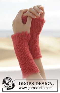 "Warm Embrace - Stickade DROPS pulsvärmare i ""Brushed Alpaca Silk"" med rätstickning och picotkant. - Free pattern by DROPS Design"