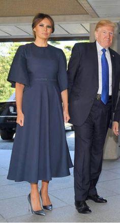 First Lady Melania Trump African Wear, African Dress, African Fashion, Melania Knauss Trump, Malania Trump, Donald And Melania, First Lady Melania Trump, Mom Dress, Office Fashion
