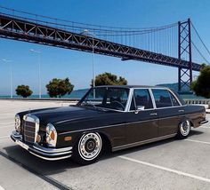Classic W109  #rodgerdodge #mercclub #mercedes  #mercedesbenz  #mercedesclub #mbusa #Benz #threepointedstar  #mercedesbenzclassic #classiccars  #luxurycars  #mbfanphoto #MercedesFans #car #supercar  #dreamcars #coupe #insidebenz  #countryliving #germancar #sportscars  #carsofinstagram #insidebenz #thebestornothing #cars