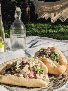 Guedille d'été à la sauce ranch Hot Dog Buns, Hot Dogs, Wrap Sandwiches, C'est Bon, Burritos, Cheesesteak, Cookies Et Biscuits, Tacos, Healthy Eating Recipes