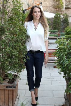 Bella Pummarola: Maternity Jeans and 4-inch Heels