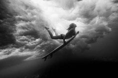 UNDERWATER SURFER Photograph by Tony Heff National Geographic - May 2012 Picture of the Day. Surfer Coco Ho is momentarily suspended weightless between the ocean's surface and the shallow reef. Coco Ho, Underwater Photos, Underwater Photography, Action Photography, Waves Photography, Photography Lessons, Digital Photography, Photo Surf, Surf Mar