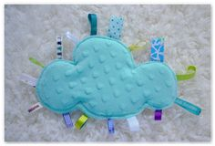 Un nouveau doudou étiquettes nuage turquoise étoilé !