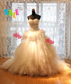 Libre de envío personalizado de alta calidad hecho nuevo 2014 un- línea de cariño de los pliegues en niveles de tul de cuentas champán de tren vestido de novia vestidos