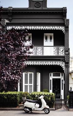 Owning a home comes with many added responsibilities, like painting the exterior of your house. When looking for exterior house … Exterior Color Schemes, Exterior Paint Colors For House, Grey Exterior, Paint Colors For Home, Paint Colours, Colour Schemes, Colour Chart, Colour Trends, Terrace House Exterior