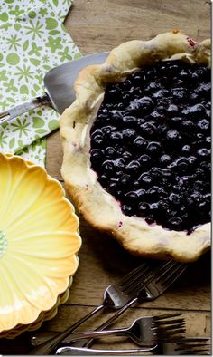 Lollie's Blueberry Pie - best blueberry pie of all time (be sure to use Wild Blueberries)