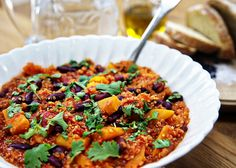 Butternut Squash with Quinoa - This is a really healthy, well-balanced meal and makes a great vegetarian alternative to chilli con carne.
