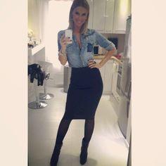 denim shirt with pencil skirt ::: regina dukai Hungarian Girls, Office Looks, Winter Looks, Denim Shirt, My Style, Womens Fashion, Sexy, Skirts, Outfits
