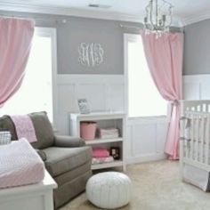 Beautify girl's nursery. Will definitely have this for my future child(: