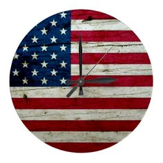 Cool Distressed American Flag Wood Rustic Round Wallclocks
