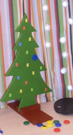 kerstboom - magneetverf - juiste kerstballen op de juiste kleur hangen