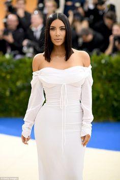 Kim Kardashian shares gushing social media tribute to mother Kris #dailymail