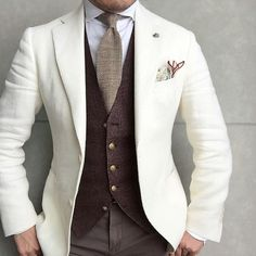 Light jacket. Brown waistcoat.