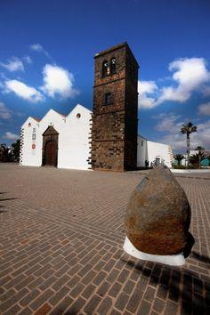 La Oliva Fuerteventura Visit Fuerteventura and experience a breathtaking coastline with emerald green seas and well over 150 km of…