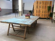Mesa vintage. Dining Table, Rustic, Decoration, Furniture, Home Decor, Painted Tables, Secret Gardens, Houses, Tejidos