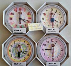 Vaderdag 2015. Klokken van Ikea voor 1,29. Op de secondewijzer zit een gelamineerde foto geplakt. Ziet er grappig uit.