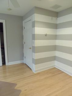 Horizontal stripes and a solid wall...kinda what I'm thinking