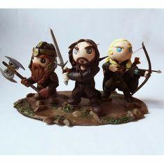 Gimli, Aragorn e Legolas (O senhor dos Anéis) Lord of the ring fondant Legolas, Aragorn, Gandalf, Bolo Hobbit, Hobbit Cake, Polymer Characters, Tolkien, Zoes Fancy Cakes, Mini Mundo