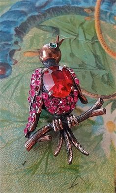 sale vintage WEISS BIRD singing cabochon brooch by DIVINEFIND2013, $49.99