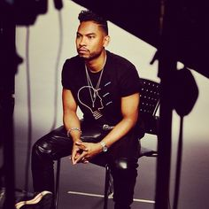 Behind the scenes with @MiguelUnlimited today! #swrv #miguel (Taken with Instagram)