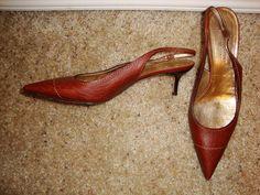 Dolce & Gabbana Slingback Brown Leather Kitten Heel 38.5 #DolceGabbana #KittenHeels #any