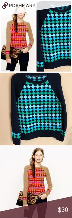 """J. Crew 100% Lambs Wool Diamond Sweater in Navy J. Crew black label women's sweater  Size: Medium 100% Lamb Wool Diamond sweater in a navy, blue, green argyle print Shows a little wear but with no flaws, good condition Crew neck sweater  Armpit to Armpit: 18"""" Top to Bottom: 24.5"""" Style: 22381 RN77388 J. Crew Sweaters Crew & Scoop Necks"""