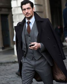 Gentleman look. Chicos Fashion, Suit Fashion, Mens Fashion, Fashion Outfits, Yeezy Fashion, Photography Poses For Men, Men Formal, Action Poses, Sharp Dressed Man