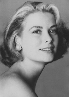 black and white portrait of grace kelly by irving penn