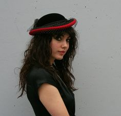 red + black 80s veiled hat Black Satin, Black Velvet, Red Black, 1980s Glamour, Short Veil, Ruby Red, Grosgrain Ribbon, Sustainable Fashion, Wool Felt