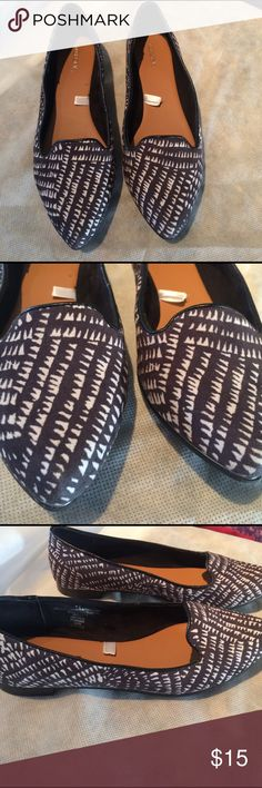Merona Pointed Toe Flats Goos condition. Material is soft, and the shoe is super comfortable Merona Shoes Flats & Loafers