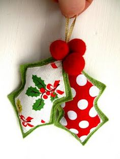 felt holly decoration tutorial