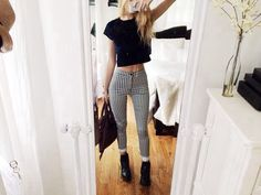 Killer outfit - patterned pants, crop top, boots