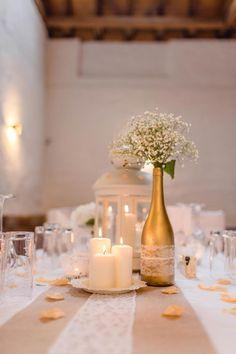 Sandra und Thomas hat kirchlich in der Pfalz geheiratet. Für die Hochzeitsfeier hat das frische Brautpaar die Dekoration selber gebastelt!