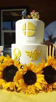 Nintendo (Smash Bros.) themed wedding cake!