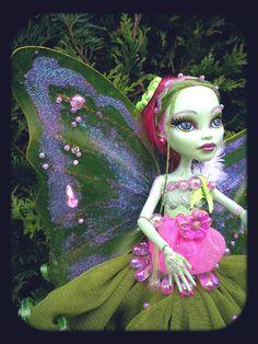 "OOAK ""Flora"" Vénus Monster High Mattel Repaint Doll Custom by ""Ooakbcréations"" | eBay"