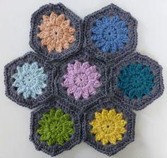 Mrs Thomasina Tittlemouse: Crochet